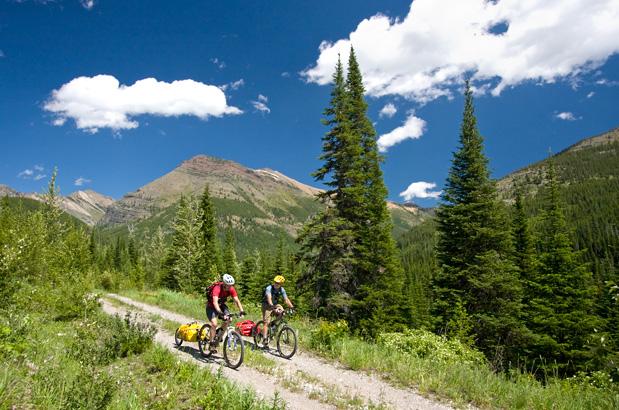 self guided bike tours canada