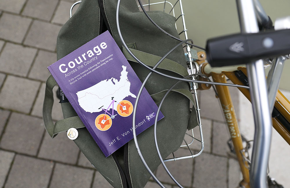 Book review of Courage Across the Country by Jeff E. Von Handorf