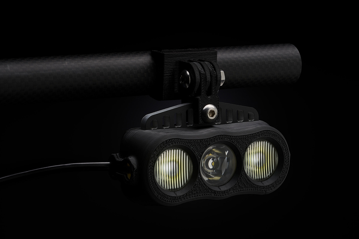 The K-Lite Snow/MTB version features two flood optics and a center-mounted spot optic