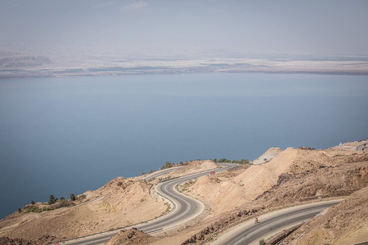 Cycling the road above the Dead Sea