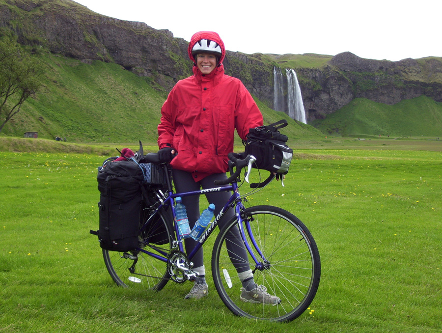 Laura Killingback with her bike in Iceland