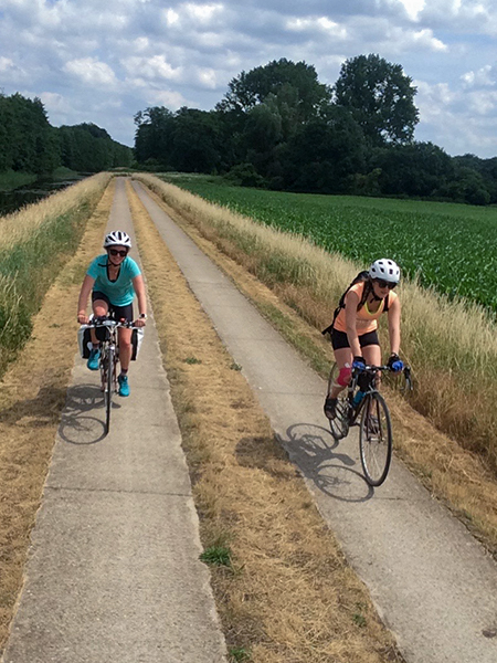Riding Eurovelo 2 in Germany