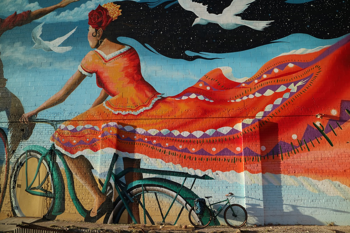 Tuscon celebrates bicycles and art through murals