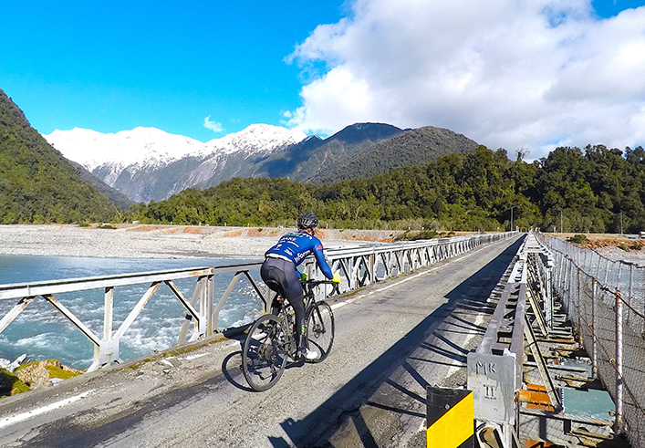 Cycling the Length of New Zealand  17c3fa307